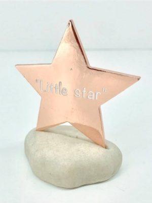 Μπομπονιέρα βάπτισης αστέρι σε πέτρα